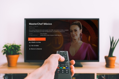 Tubi (www.tubi.tv), the world's largest free ad-supported video on demand (AVOD) service, today announced it will expand its service into Mexico later this year in collaboration with TV Azteca, one of the two largest producers of Spanish-language television programming in the world.