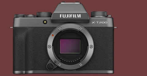 Featuring a 24.2MP APS-C-format CMOS sensor, this mirrorless body is capable of recording high-resolution stills at up to 8 fps within a native sensitivity range from ISO 200-12800. (Photo: Business Wire)