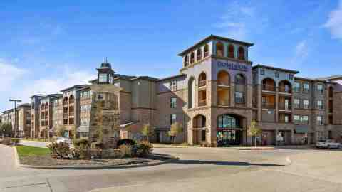 Dominion at Mercer Crossing Apartments in Farmers Branch, Texas (Photo: Business Wire)