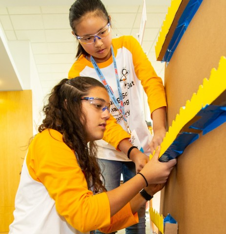 3M's Young Scientist Challenge is now open for entries through April 21, 2020. (Photo: 3M)