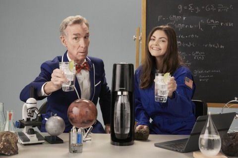 Bill Nye and Alyssa Carson on set with SodaStream (Photo: Business Wire)