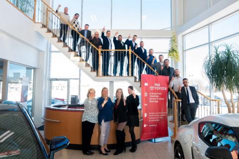 L'équipe de Candiac Toyota est fière d'afficher la plus forte croissance en 2019 parmi toutes les concessions de la bannière Toyota au Québec (Photo: Business Wire)