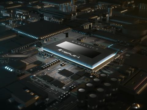 特性改善が進むTSMC社製 7nmプロセスを採用した KAMIKAZE II チップ:半導体設計のセオリーを敢えて無視した横長のチップ縦横比を採用することで、超低電圧・大電流を扱うマイニングチップ特有の難しさを解決した。 (画像:ビジネスワイヤ)