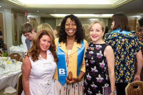 Mary Stutts, Chief Diversity, Inclusion & Health Equity Officer, Stanford Health Care received the 2019 Women Forward Lifetime Achievement Award.  Geneva Carr (right) actress, TV series Bull, helped to celebrate the winners. (Photo: Business Wire)