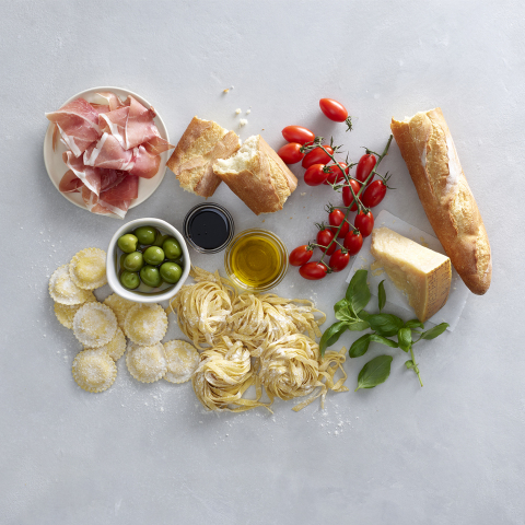 Whole Foods Market Celebrates Italian Cuisine with Pop-Up, Trattoria-Style Dinners Across the Country (Photo: Business Wire)