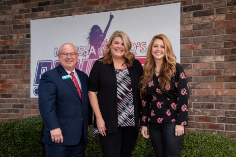 A Small Business Boost (SBB) program loan from First Security Bank and FHLB Dallas helped sisters Marissa Duren and Jacquelyn Bowman open a dance studio in Sherwood, Arkansas. (Photo: Business Wire)