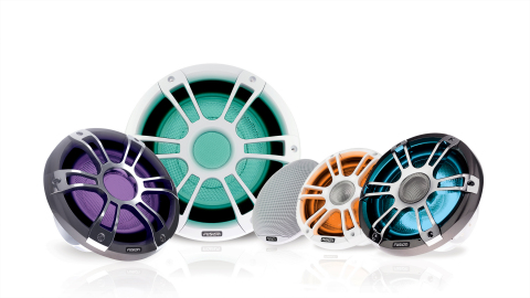 The new Fusion Signature Series 3 combines traditional red, green and blue LEDs with cool and warm white (CRGBW) to offer a full color palette – from premium pastels to vibrant hues – to provide a more ambient atmosphere onboard a wide range of center console, cruising and sportfishing boats. (Photo: Business Wire)
