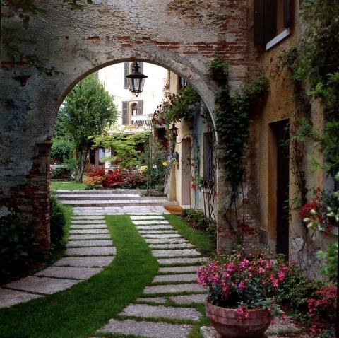 Hotel Villa Cipriani (1899) Asolo, Italy (Photo: HistoricHotelsWorldwide.com)