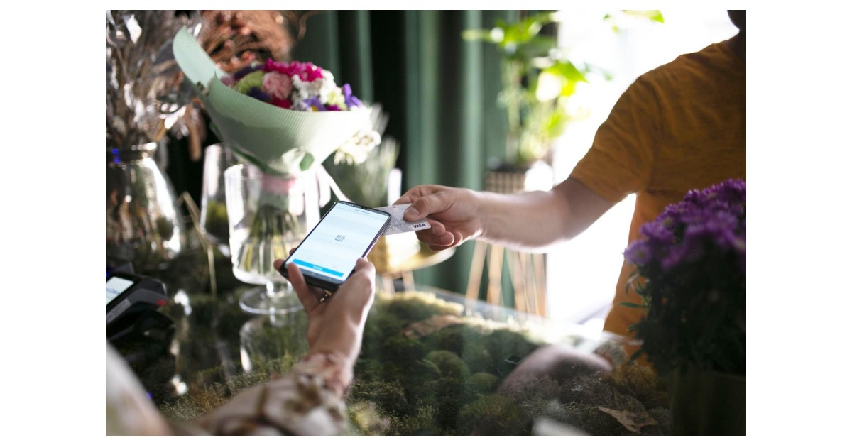 Fiserv Completes First-of-its-Kind Pin on Mobile Transaction with Visa
