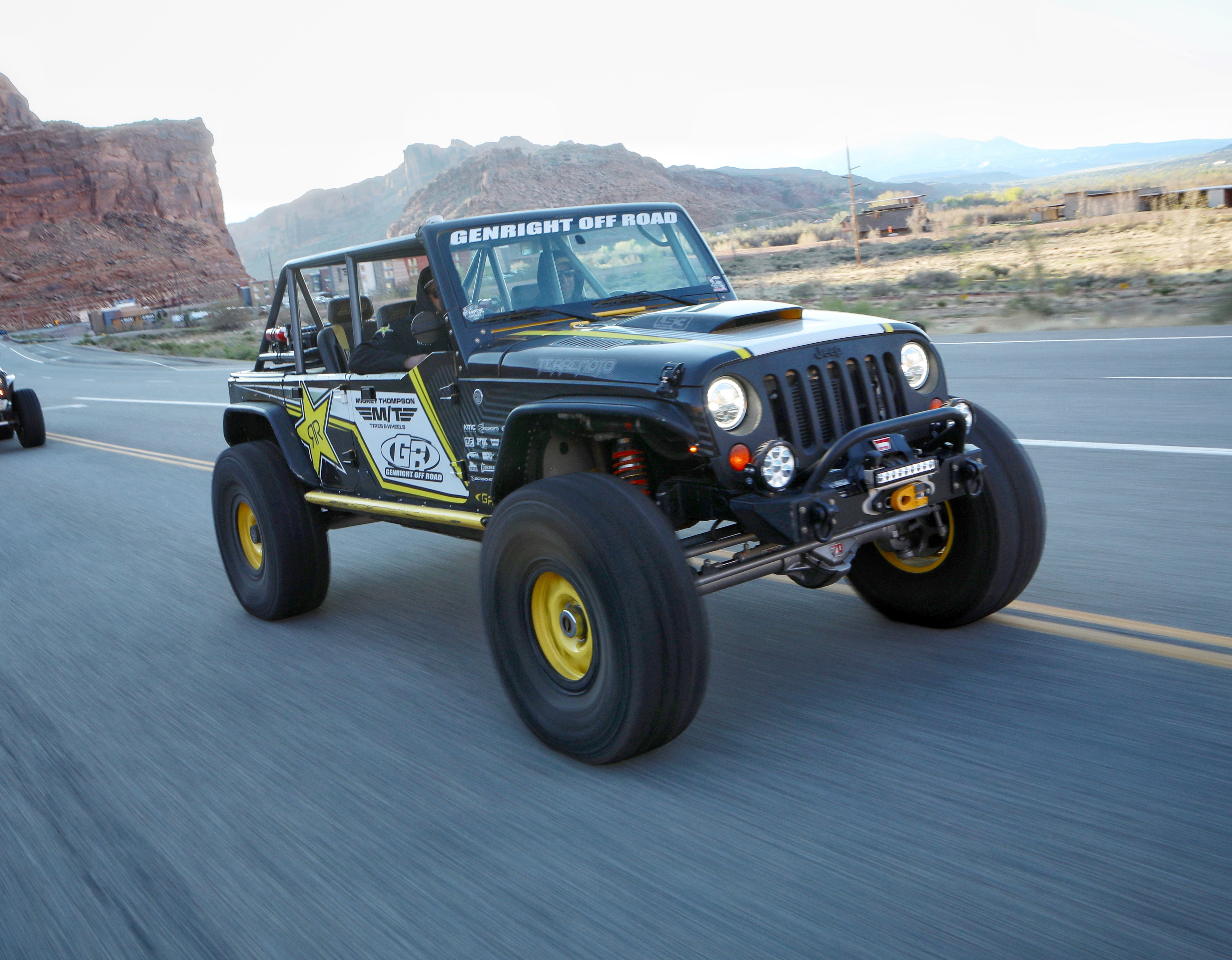 First Ever 4 Door Jeep Wrangler Finishes World S Toughest Single Day Race Business Wire