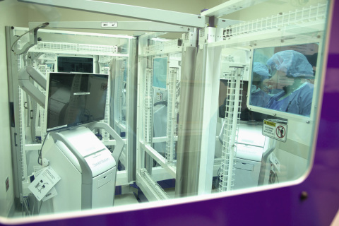 A study in the American Journal of Infection Control found that PurpleSun's ultraviolet light technology eliminates more than 96 percent of pathogens in operating rooms. (Credit: Northwell Health)