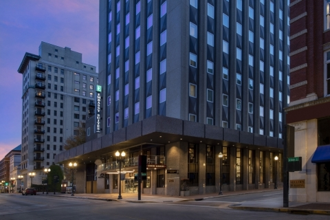 Embassy Suites by Hilton Knoxville Downtown (Photo: Hilton)