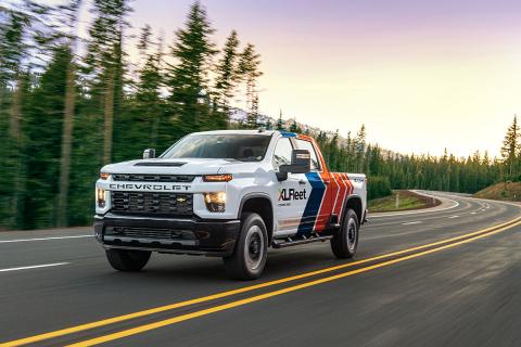 XL Fleet Introduces Hybrid Electric Upfit Technology on Chevrolet Silverado 2500 HD & 3500 HD Pickups (Photo: Business Wire)
