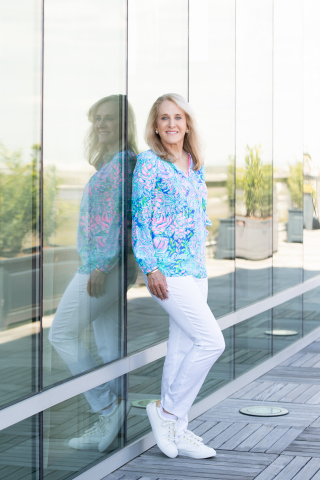 WTA tennis legend and Lilly Pulitzer brand ambassador, Tracy Austin (Photo: Business Wire)
