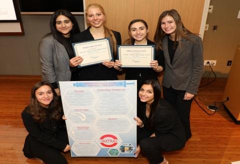 Medical Marvels winning team from Elwood-John H. Glenn High School (Credit: The Feinstein Institutes for Medical Research)