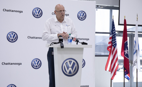 Tom du Plessis, president and CEO of Volkswagen Chattanooga at a press conference held today (Photo: Business Wire)