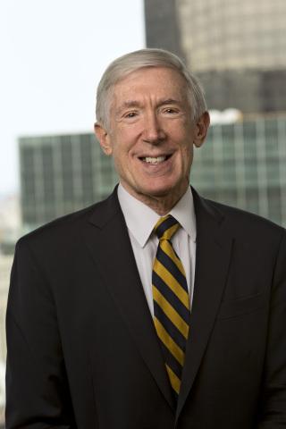 Robert Hormats (Photo: Business Wire)