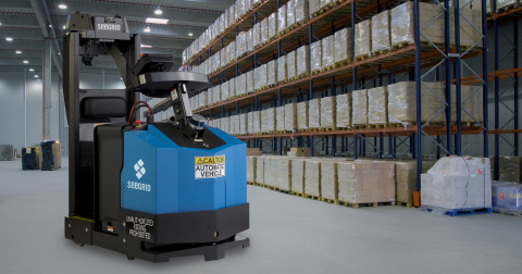 Seegrid GT10 Series 7 Plus automated tow tractor (Photo: Business Wire)