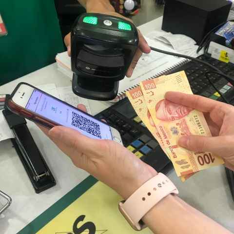 7-Eleven is leveraging Arcus' fintech-as-a-service platform to power a more seamless, integrated payment experience for Latin American customers paying with cash. (Photo: Business Wire)