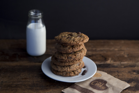 For the First Time, DoubleTree by Hilton Reveals Official Chocolate Chip Cookie Recipe So Bakers Can Create the Warm, Welcoming Treat at Home. (Photo: Business Wire)