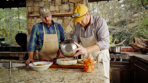 In the first episode of Exmark's Prime Cuts video series, former Iron Chef Showdown winner, David Bancroft teams up with Chef Rob McDaniel, to demonstrate how to grill the perfect Pompano (Photo: Business Wire)