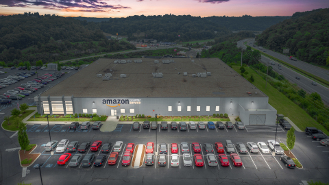 Sentinel Net Lease recently acquired this Amazon Customer Service Center in Huntington, West Virginia. (Photo: Business Wire)