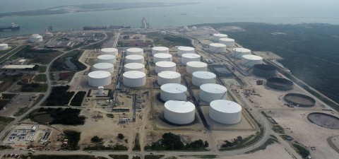 Moda Ingleside Energy Center (MIEC) upon completion of its 10 million barrel crude oil storage expansion (center) and commencement of construction of additional 3.5 million barrel crude oil storage expansion (right) in Ingleside, TX. Photo credit: Moda Midstream