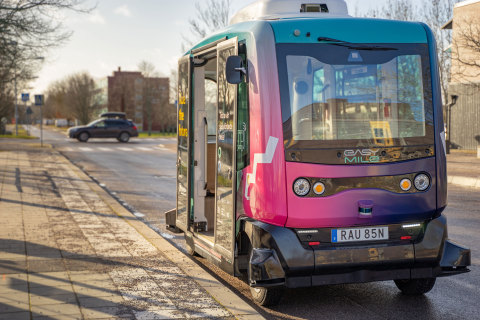 EasyMile will enhance its EZ10 shuttle fleet with Velodyne's state-of-the-art sensors for safe and efficient navigation on roadways. (Photo: Mathieu Petit and EasyMile - EZ10 - Linköping, Sweden)