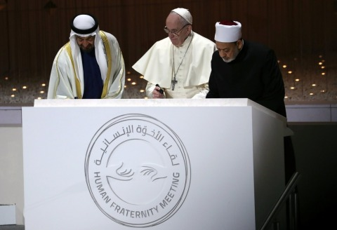 Sheikh Ahmed el-Tayeb, Grand Imam of Al-Azhar and His Holiness Pope Francis (Photo: ‎AETOSWire)