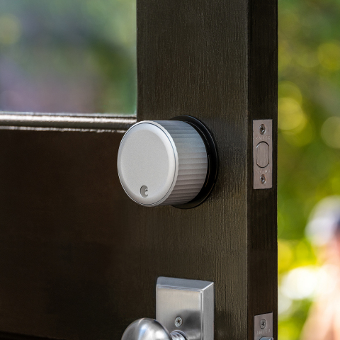 The August Wi-Fi Smart Lock is the most feature-rich, compact smart lock now available for purchase. (Photo: Business Wire)