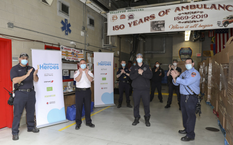 NYC Healthcare Heroes, launched by the Debra & Leon Black Family and Aramark to provide essential groceries to the more than 100,000 hospital workers in NYC, has now expanded to provide the same shelf-stable food, household cleaning and personal care products to nearly 5,000 emergency medical services (EMS) and disaster services workers (Photo: Business Wire)