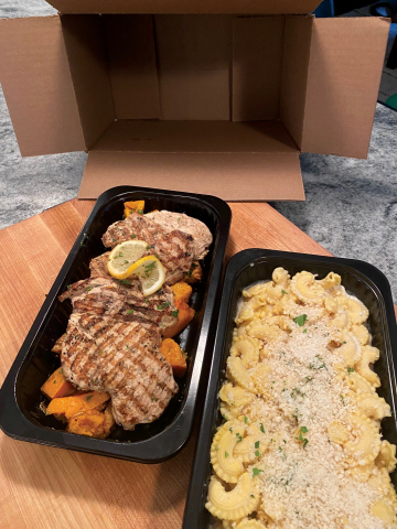 All 3,000+ essential workers at Global Partners' retail markets, stations and terminals are receiving a scratch-made, family dinner of chicken, pasta and vegetables from Global's chef, Josh Smith, May 18-20. (Photo: Business Wire)