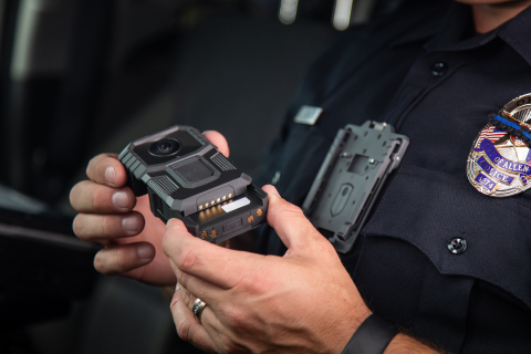 V300 continuous-operation Body-Worn Camera (Photo: Business Wire)