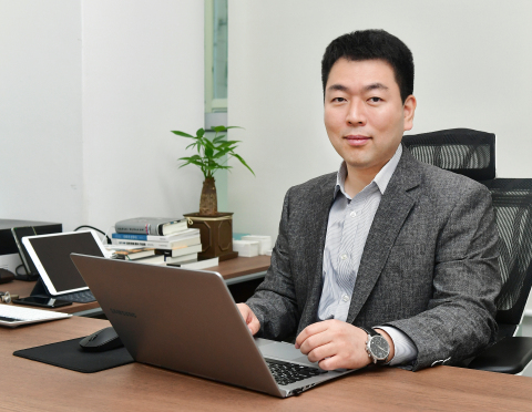 Bithumb Korea, a South Korean cryptocurrency exchange, appointed Back Young Heo as CEO. Heo joined Bithumb in 2017 as the head of compliance and prior to Bithumb, worked in traditional finance for 14 years at Citibank, CitiCapital, ING Bank and ING Securities. Along with Heo's appointment, Bithumb will continue to enhance its' AML policy and internal controls. In particular, Bithumb is preparing to be fully compliant with the recently passed financial regulation going into effect in March 2021. The company plans on hiring a number of professionals with compliance experience from traditional finance, as well as investing heavily in its Fraud Detection System (FDS) and AML solutions. (Photo: Business Wire)