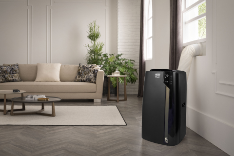 De'Longhi 3-in-1 Portable Air Conditioner, Dehumidifier and Fan (Photo: Business Wire)