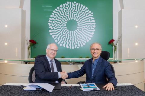 Managing Director of Saudi Arabian Parsons Ltd, Ken Murray with Chief Executive Officer of AMAALA, Nicholas Naples (Photo: AETOSWire)