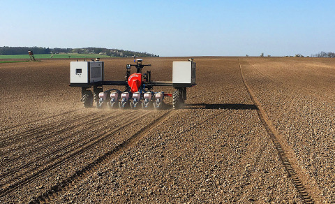 AGROINTELLI uses Velodyne lidar sensors in production of its Robotti autonomous tool carriers that increase efficiency on fields and help professional farmers save time and money. (Photo: AGROINTELLI)