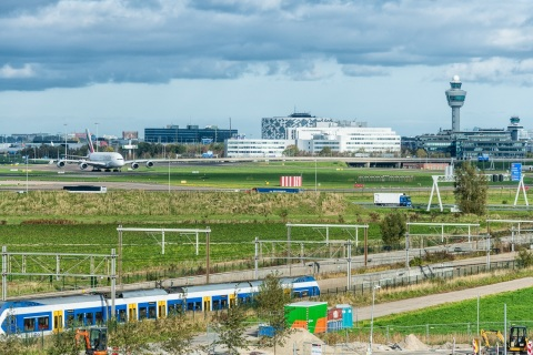 Amsterdam Airport Schiphol, one of Europe's largest airports, sits next to Kite's European cell therapy manufacturing facility. (Photo: Business Wire)