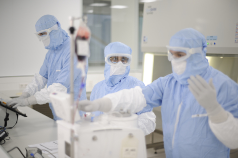Kite employees working to deliver cell therapies at the European manufacturing facility. (Photo: Business Wire)
