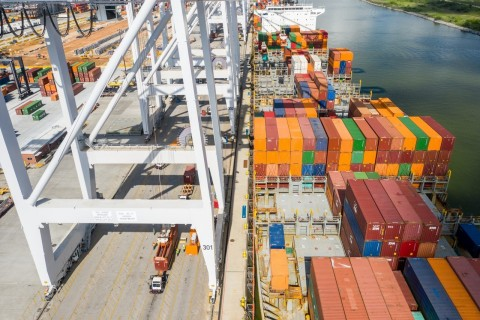 Dockside activity at Port Houston's Barbours Cut Container Terminal (Photo: Business Wire)
