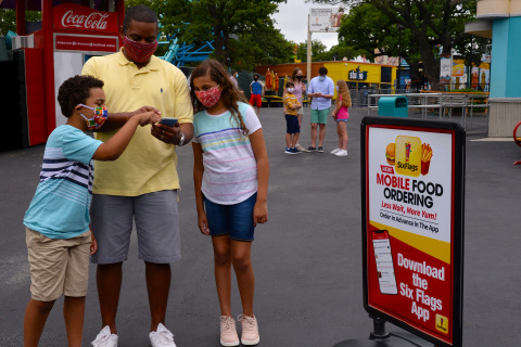 Six Flags launches Mobile Food Ordering via the Six Flags App. Guests can avoid long lines, and enjoy their favorite theme park food with minimal contact. (Photo: Business Wire)