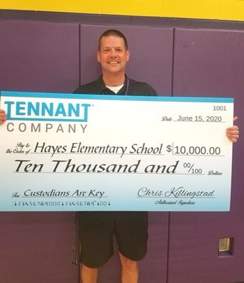 Kris Kantor, grand prize winner of Tennant Company K-12 Custodians are Key contest. (Photo: Business Wire)