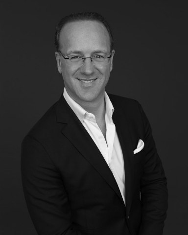 Stéphane de La Faverie, Group President, The Estée Lauder Companies, and Global Brand President, Estée Lauder and AERIN (Photo: Business Wire)