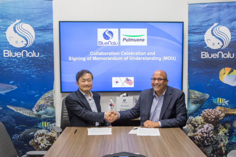 (Left to right) Sang Yun Lee, CTO of Pulmuone Co. Ltd. and Lou Cooperhouse, CEO of BlueNalu celebrate signing of MOU at BlueNalu headquarters (pre-pandemic) (Photo: Business Wire)