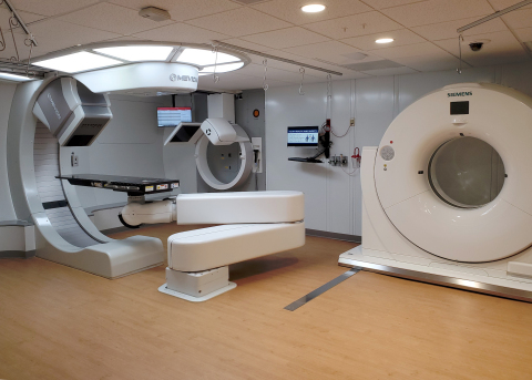 The Mevion proton therapy system with HYPERSCAN Pencil Beam Scanning at Siteman Cancer Center in St. Louis, MO. (Photo: Business Wire)