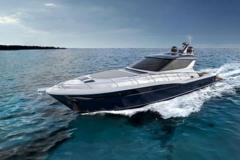 Uniesse Exuma HTC5 Yacht. (Photo: Business Wire)