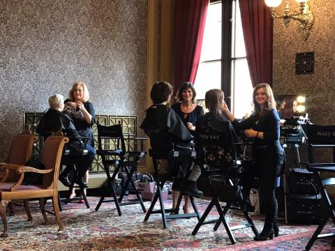 Mary Kay beauty experts were on hand to tailor looks before the 27th Czech Lion Awards Show (Photo: Mary Kay)