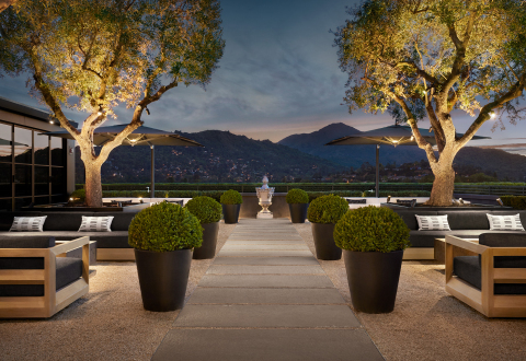 ROOFTOP PARK AT RH MARIN, THE GALLERY AT THE VILLAGE (Photo: Business Wire)
