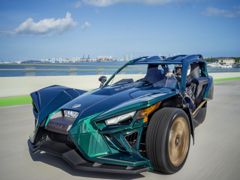 2020 Slingshot Grand Touring LE (Photo: Business Wire).