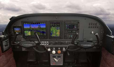 G3X Touch flight displays in a Grumman Tiger. (Photo: Business Wire)